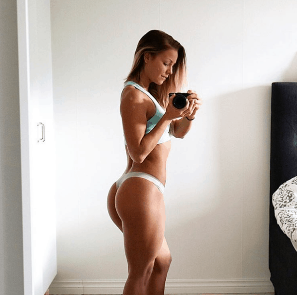denice moberg instagram booty shot