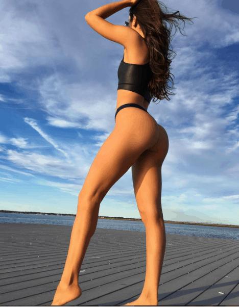 jenselter booty shot