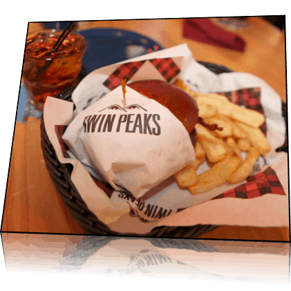 twin peaks burger and fries