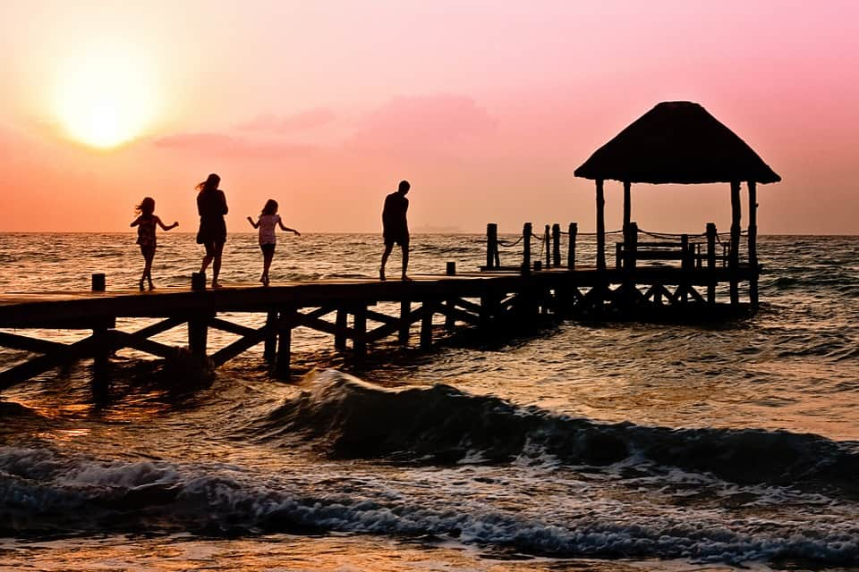 7 Tips on How to Do Family Vacation the Right Way