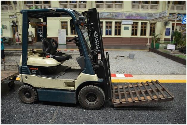 Forklift7