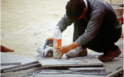 When to Use a Wet Tile Saw vs. Dry Saw