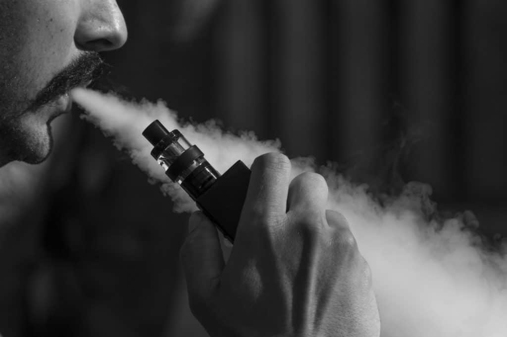 Men are Choosing to Vape Instead of Smoke