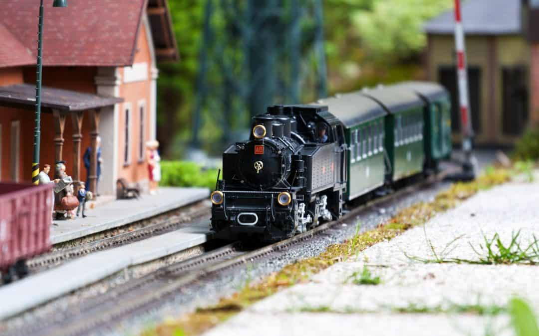 5 Reasons Why You Should Give Adult Train Sets As Gifts