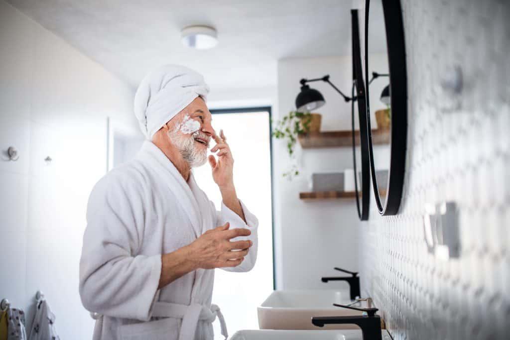 Beauty Tips For Ageing Men