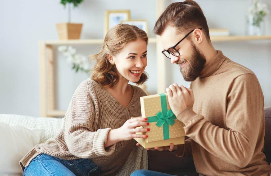Buying Men Gifts