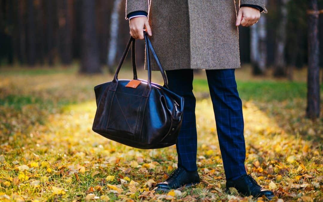 4 Reasons Men Should Own Suit Bags